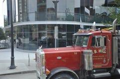 Boston Ma, 30 Juni: O B de Vrachtwagen van het Heuvelbedrijf in Boston de stad in in Massachusettes-Staat van de V.S. Stock Foto