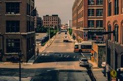 Boston, mA, USA 25 juillet 2009 : Vieux bâtiments résidentiels dans le secteur de bord de mer devant la rétro couleur de film de  Photographie stock libre de droits