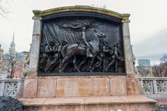 BOSTON MASSACHUSETTS - JANUARI 06, 2014: Robert Gould Shaw Memorial Boston royaltyfri fotografi