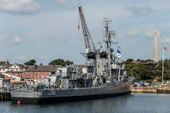 Boston Massachusetts USA 06 09 2017- Nationell historisk gränsmärke USS Cassin för ung Fletcher gruppjagare Arkivfoto