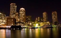 Boston nachts stockfotos