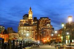 Boston Obyczajowy dom przy nocą, usa Zdjęcie Royalty Free