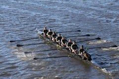 BOSTON - OKTOBER 23, 2016: West Point-Academierassen in het Hoofd van Collegiale Eights van Charles Regatta Women stock afbeeldingen