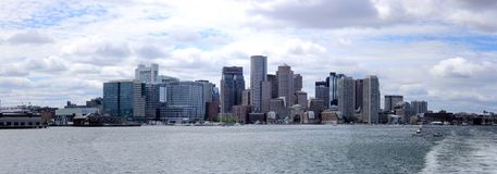 Boston panorama från havet Arkivfoto