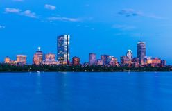 Boston pejzaż miejski Panorama plecy zatoka przy półmrokiem USA Obrazy Royalty Free