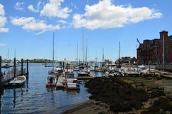 Boston schronienie z łodziami Dokować i Cumować Fotografia Stock