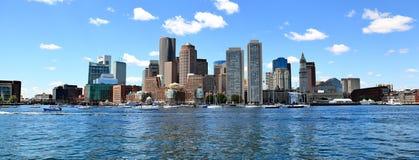 Boston-Skyline-Panorama stockbild