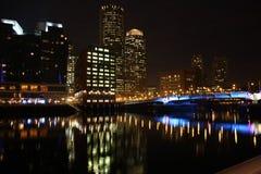 Boston-Skylinenachtszene Stockfotografie