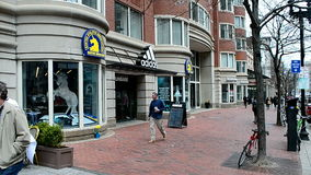 Boston Sportowy skojarzenie przy Boylston ulicą w Boston, usa, zbiory wideo