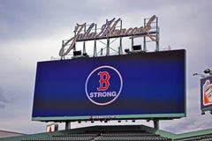 Boston starkt meddelande i Fenway Park, Boston, Arkivfoton