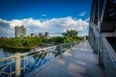 The Boston University Bridge and Charles River at Boston Univers Stock Photos