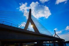 Boston Zakim most w bunkieru wzgórzu Massachusetts Obrazy Stock