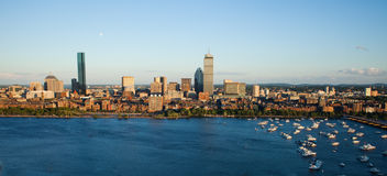 Bostons rückseitiger Schacht und Cambridge, MA stockfotos