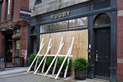 bostonu zamknięty huraganowy Irene newbury sklep Zdjęcia Stock