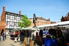 Boswell staty i Market Place, Lichfield, UK Fotografering för Bildbyråer
