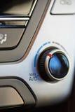 Botão da temperatura em mudança do condicionador de ar imagem de stock royalty free