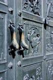 Botão de porta dobro do leão foto de stock royalty free