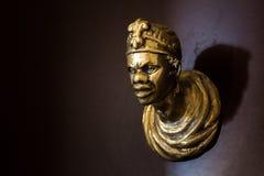 Botão de porta na forma da cara de um homem africano Veneza, ele imagem de stock royalty free