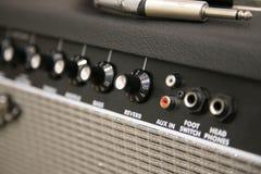 Botão do amplificador imagens de stock