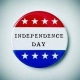 Botão do Pin com o Dia da Independência do texto Fotos de Stock