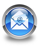 Botão redondo azul lustroso do ícone do email do boletim de notícias Imagens de Stock