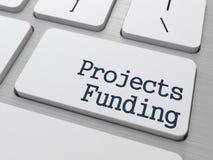 Botón de la financiación de proyectos en el teclado de ordenador Fotos de archivo