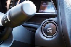 Botón de paro de comienzo del motor Imagenes de archivo