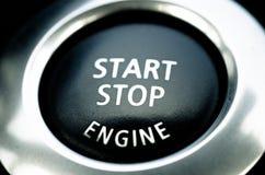 Botón de paro del comienzo y del motor de coche Fotografía de archivo