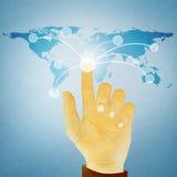 Botón digital del presionado a mano en correspondencia de mundo Imagenes de archivo