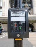 Botón para los peatones Imagen de archivo libre de regalías
