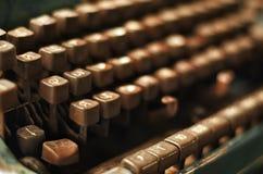 Botón viejo de la máquina de escribir Imagen de archivo