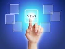 Botón virtual del tacto de la mano con noticias