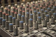 Botões de controle de Soundboard Fotografia de Stock Royalty Free