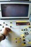 Botões do interruptor da mão imagens de stock
