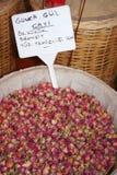 Botões e Tag cor-de-rosa secados imagens de stock