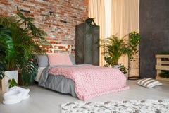 Botanisch slaapkamerontwerp stock afbeelding