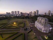 Botanisk trädgård för flyg- sikt, Curitiba, Brasilien Juli 2017 royaltyfria bilder