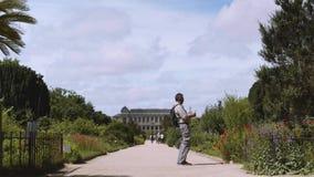 Botanisk trädgård i Paris Yttersidan av den stora evolutionen Galery arkivfilmer