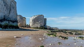 Sunny weather brought tourists and visitors to Botany Bay Beach near Broadstairs Royalty Free Stock Photos