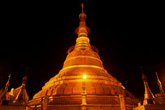 Botataung payaPagoda i Rangoon, Myanmar arkivfoto