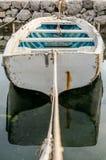 Bote amarrado em pouco porto do porto de Tivat Foto de Stock