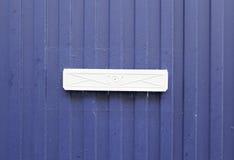 Boîte aux lettres bleue Images libres de droits