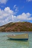 Bote de remos de la costa de San Martín Foto de archivo