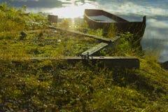 Bote de remos Sunken imagen de archivo