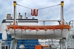 Bote de salvamento en una nave Foto de archivo