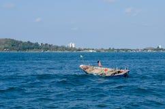 Bote no mar Imagem de Stock Royalty Free