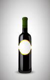 Botella cerrada de vino con la escritura de la etiqueta Imagenes de archivo