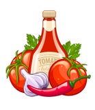 Botella con la salsa de tomate y las verduras orgánicas de los ingredientes Foto de archivo libre de regalías