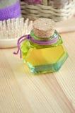 Botella de aceite cosmético Fotos de archivo
