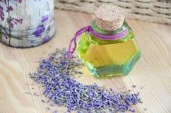 Botella de aceite cosmético Foto de archivo libre de regalías